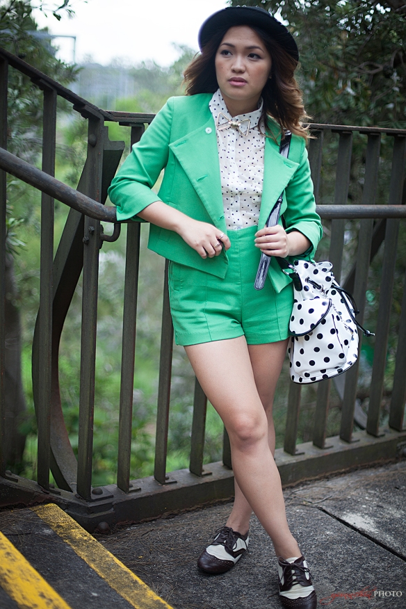 Green_outfit_04