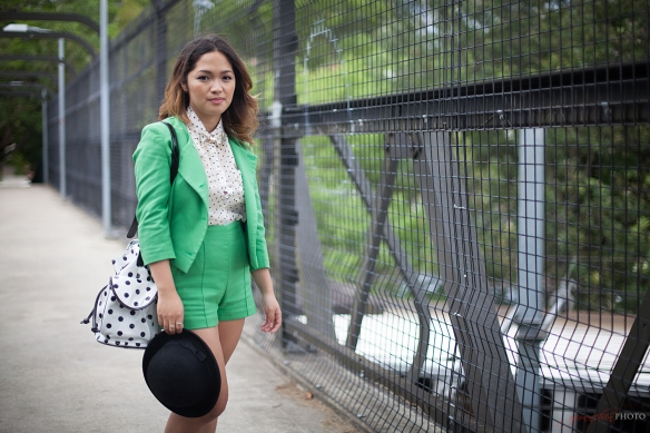Green_outfit_07