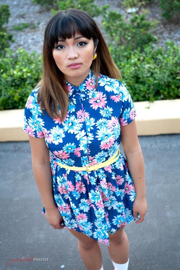 Blue_flower_dress_01