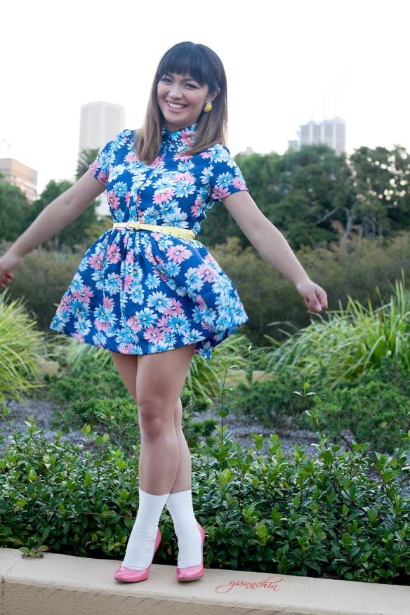Blue_flower_dress_04